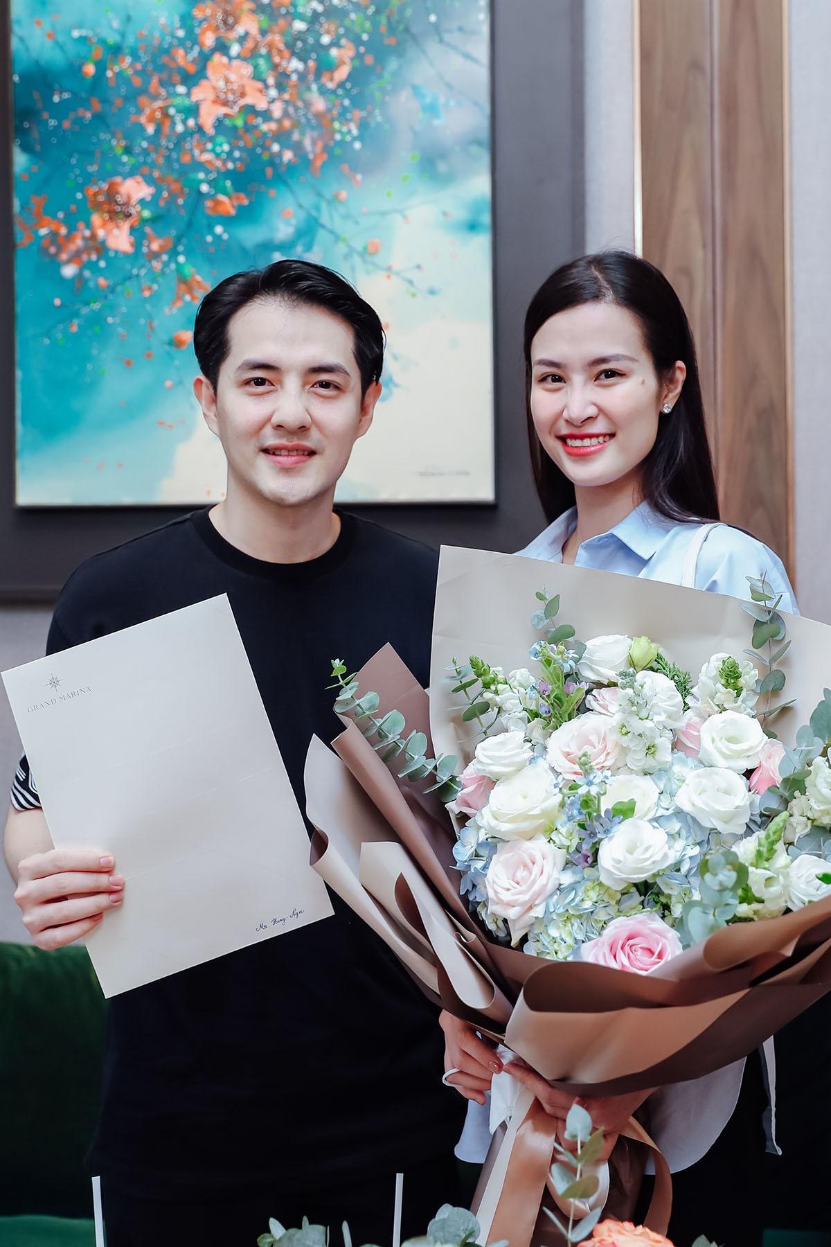 Đông Nhi và Ông Cao Thắng 'sắm' căn hộ hàng hiệu JW Marriott giá trị triệu đô